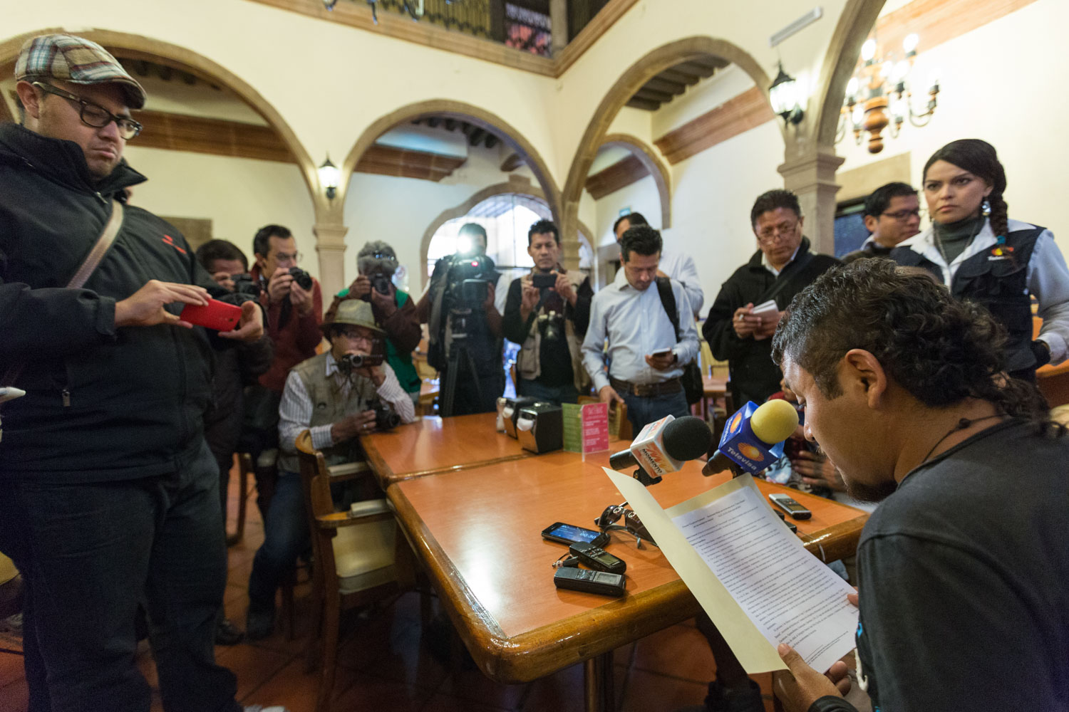 Press conference of Cesar Carrizales, alias el Mijis, some days before starting a bike project in Mexico to defend the rights of youth of neighborhoods.